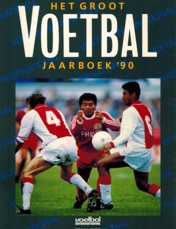 Groot Voetbalboek 1990