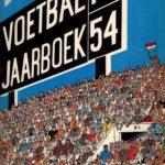 Voetbaljaarboek 1954