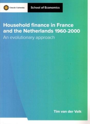 Household finance in France